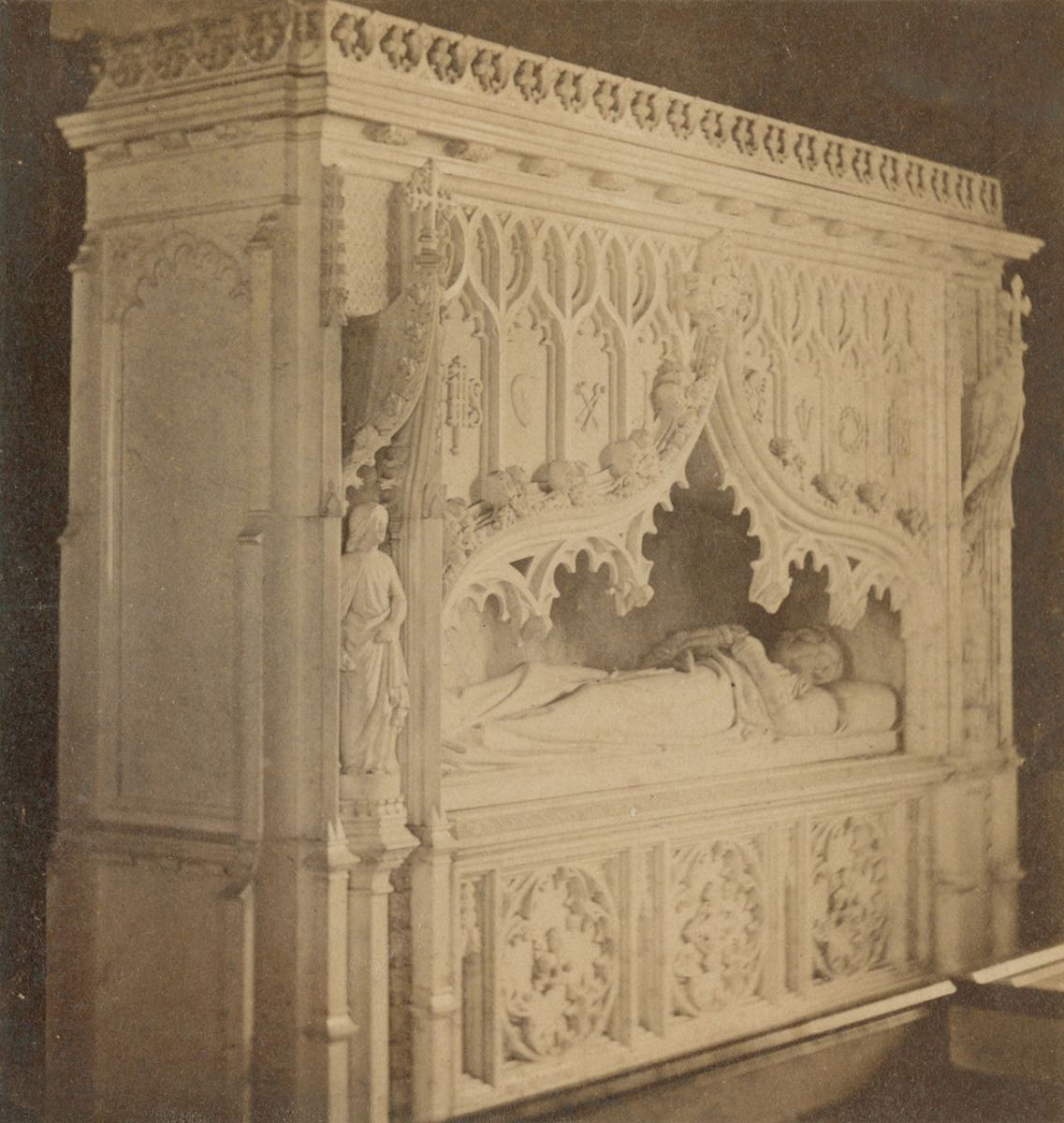 "Fig. 12. McAllister & Brother, ""Monument to E. S. Burd, St. Stephen's Church, Philadelphia;"" 1860, stereograph, The Library Company of Philadelphia"