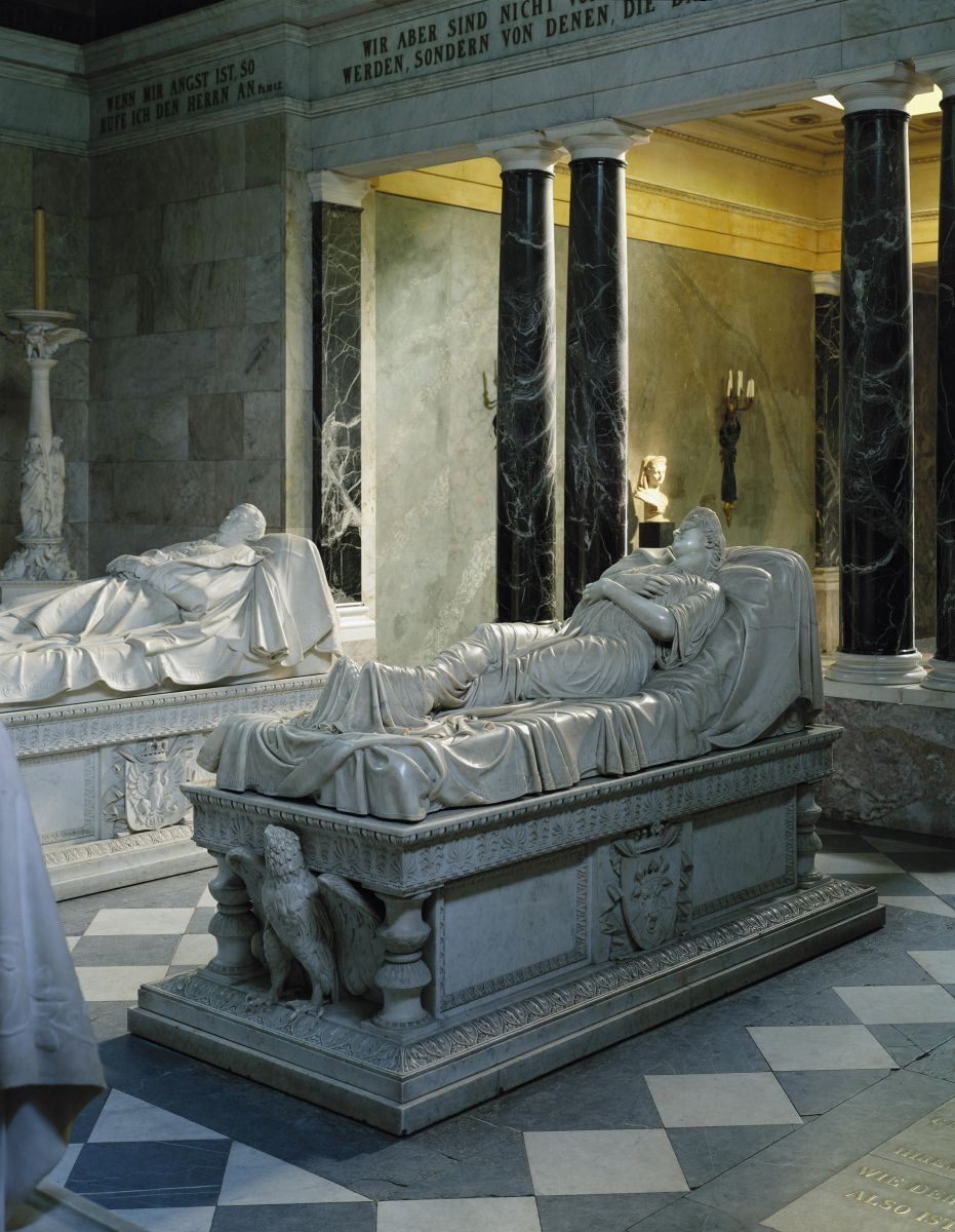 Fig 9. Christian Daniel Rauch, Effigy tomb of Queen Louise of Prussia, ca.1810-14. Charlottenburg Castle, Potsdam. Photo: Bpk Bildagentur/Charlottenburg Castle. Fotothek. Stiftung Preussische Schlösser & Gärten Berlin-Brandenburg, Berlin /Art Resource, NY