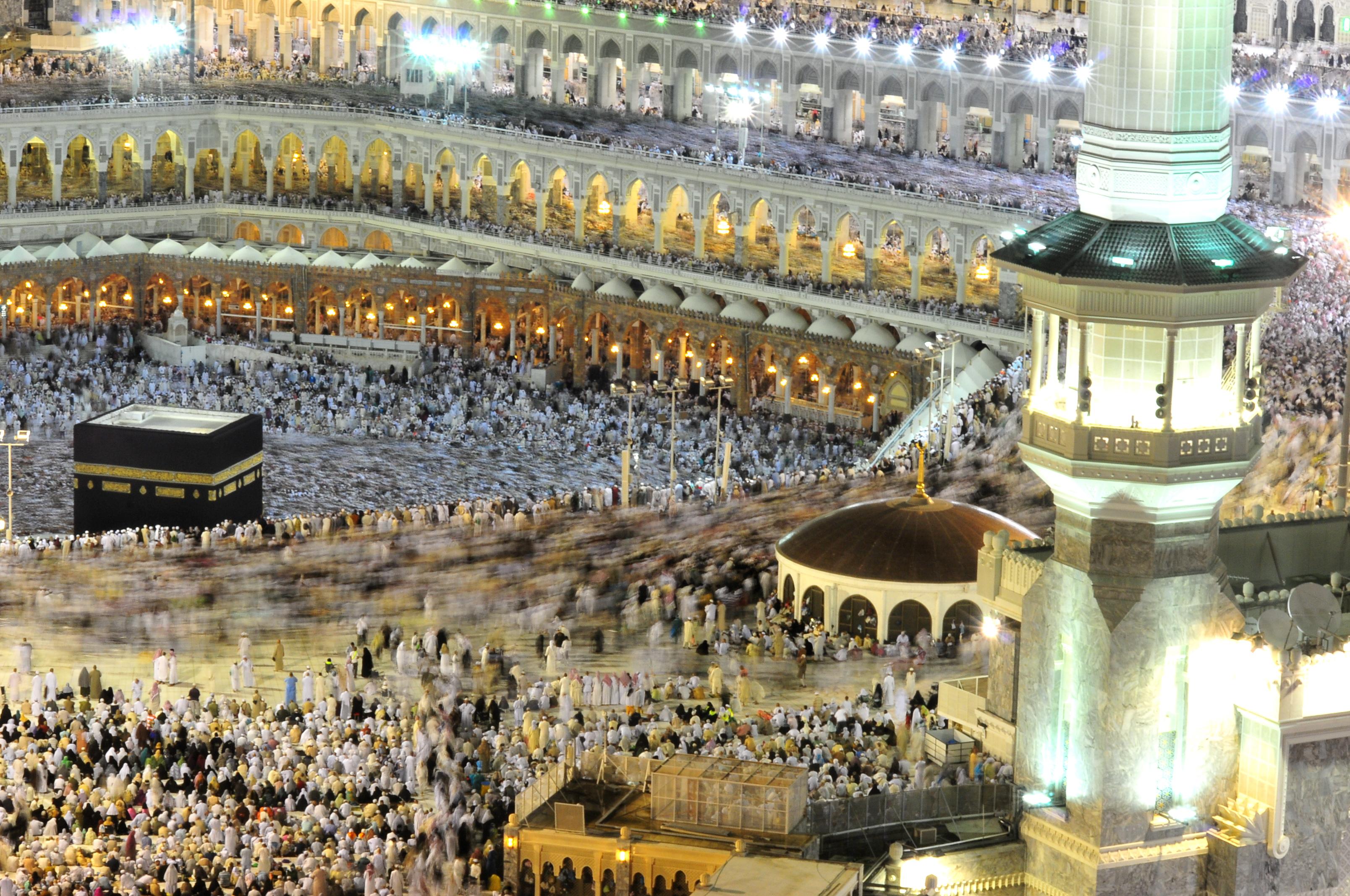 farewell arabia Chairman & khasti farewell farewell 2011  al-khafji joint operations kingdom  of saudi arabia tel: +966 37652000 © 2014 kjo - all rights reserved.